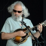 David Grisman taught Andy Statman how to play mandolin and look cool doing it. (video)