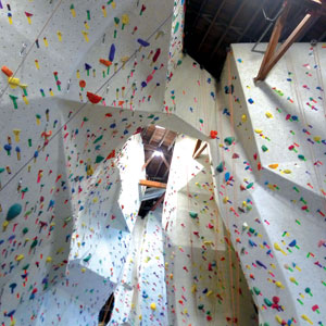 Touchstone Climbing Gym Opens in San Jose