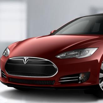 TECH UPDATE: Microsoft Buys Yammer, Tesla Sedans Hit the Road