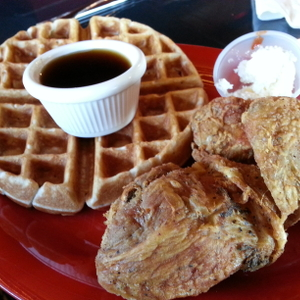 Review: Lillie Mae's House of Chicken and Waffles
