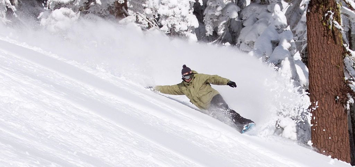 Lift Ticket Discounts and Winter Sports Shops in Silicon Valley