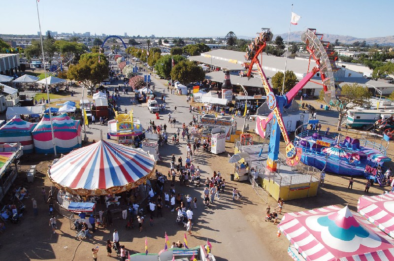 Santa Clara County Fairgrounds is a flexible event venue perfect for Trade Shows, Home Shows, RV Shows and Sales, Corporate Meetings, Team Building, Weddings, Quinceañeras, Concerts and Festivals, Auto Shows & Sales, Fundraisers, and any indoor or outdoor event.