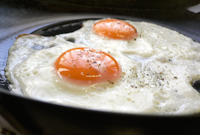over easy eggs hot to cook eggs