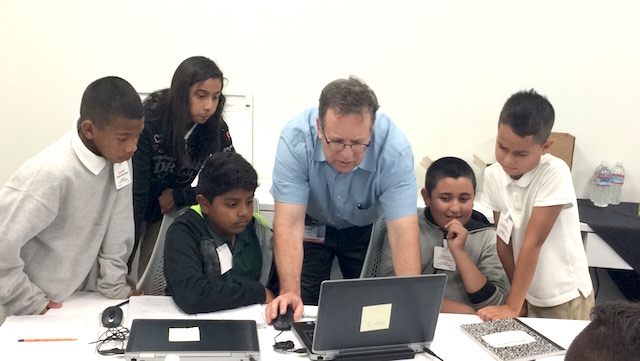Itzik Gilboa, a Citizen Teacher, teaches his students how to utilize technology.