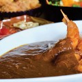 The fried shrimp curry at Kizuna comes with large, ultra-crispy shrimp and a heaping helping of gravy-like curry. Photo by John Dyke